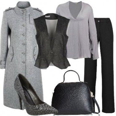 Outfit Mannish nero e grigio