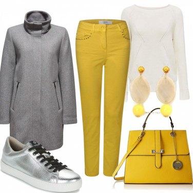 Come abbinare gli orecchini gialli: 287 Outfit Donna
