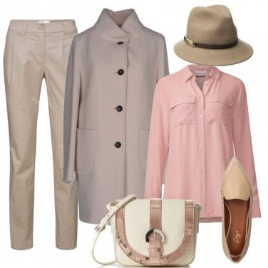 Outfit Beige e rosa
