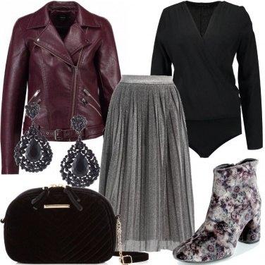 Outfit Tronchetti e pochette in velluto