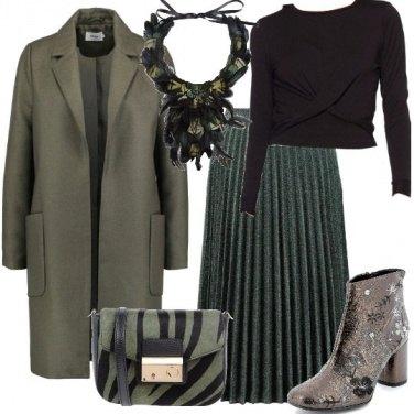 Outfit Piume e fiori