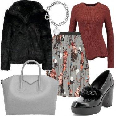 Outfit La pelliccia ecologica nera