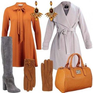 Outfit Abito con fiocco