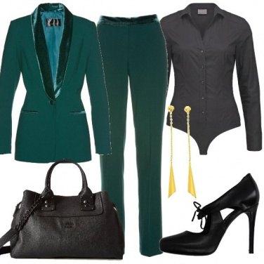 Outfit Verde e nero in ufficio