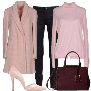 Outfit Diversi rosa
