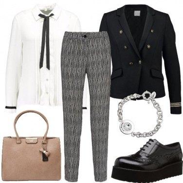 Outfit Un mix femminile e maschile