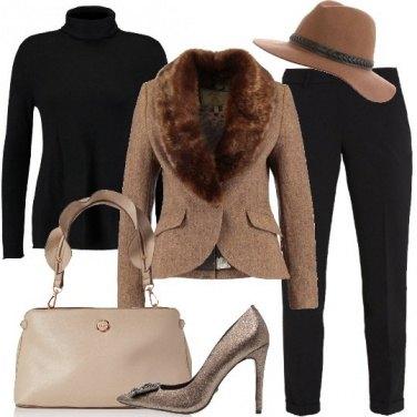 Outfit La donna con il cappello