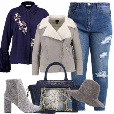 Outfit Splendida in grigio e blu