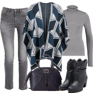 Outfit La mantella protagonista