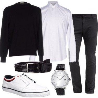 Outfit Pantaloni chino