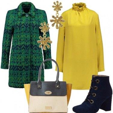 Outfit Cappotto di lana e vestito