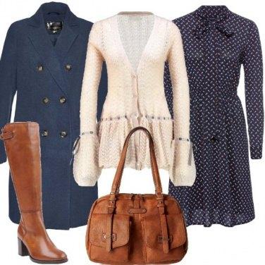 Outfit Romantica con gli stivali