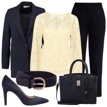 Outfit In blu e crema