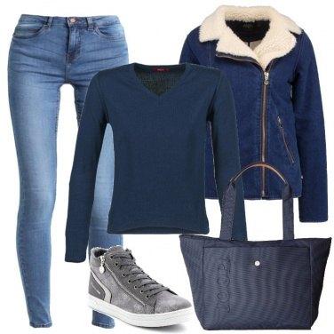 Outfit Indosso solo il blu