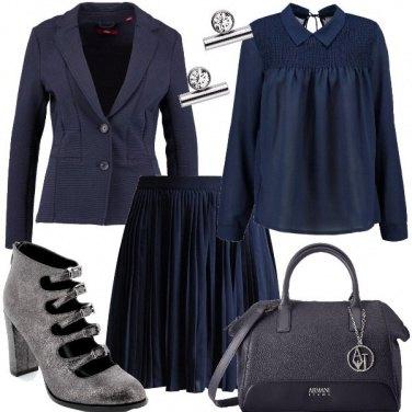 Outfit Blu e un pizzico di argento