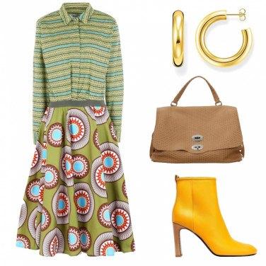 Come abbinare gli stivaletti gialli: 114 Outfit Donna