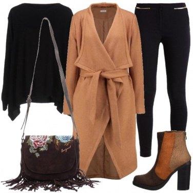Outfit Raffinato color cammello