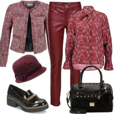 Outfit Giacca Chanel e pantaloni in similpelle