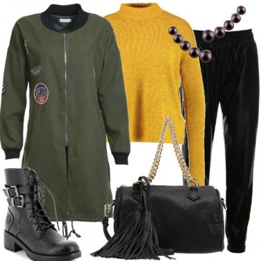 Outfit Parka con patches
