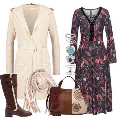 Outfit Il vestito floreale lungo