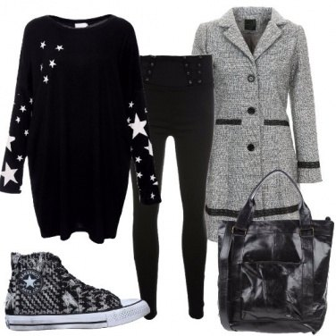 Outfit Sneakers e cappotto