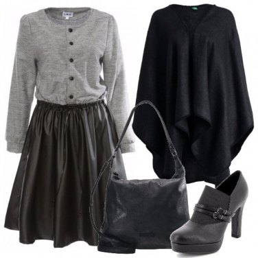 Outfit Raffinata in ecopelle