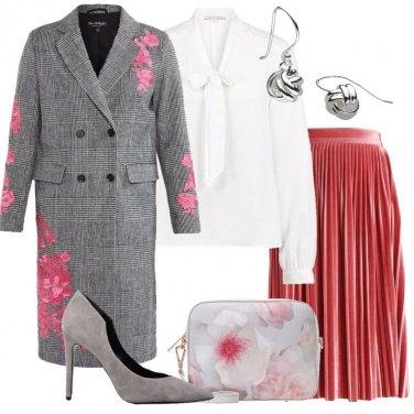 Outfit Principe di Galles e fiori