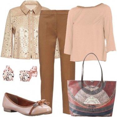 Outfit Classica nei colori sobri