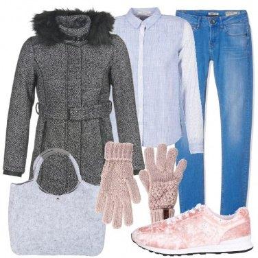 Outfit Guanti e scarpe nelle sfumature del rosa