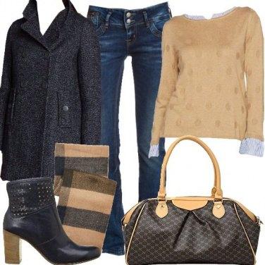 Outfit Bella e semplice in blu e beige