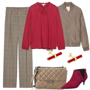 Outfit Accenti rossi