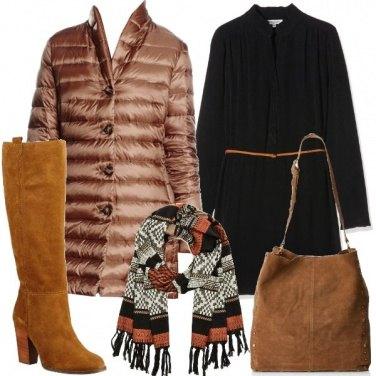 Outfit Il piumino color nocciola