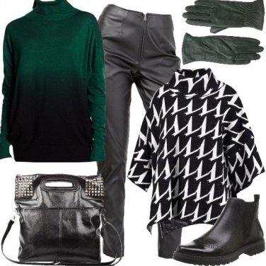 Outfit Contrasti sul verde e nero