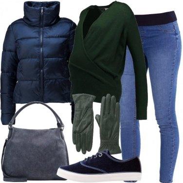 Outfit Mamma in blu e verde