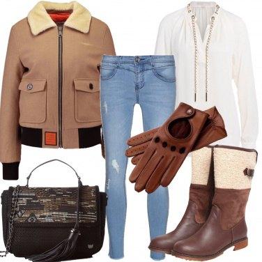 Outfit In auto con i guanti