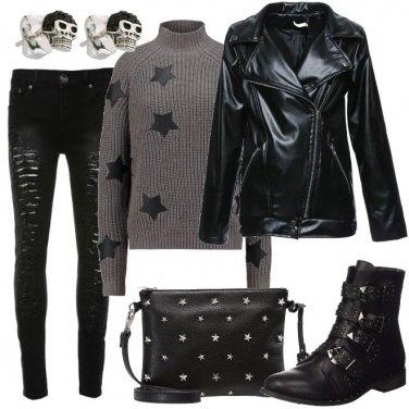 Outfit Orecchini con teschi