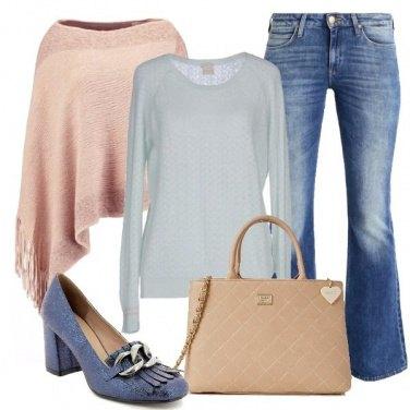 Outfit Jeans e colori pastello