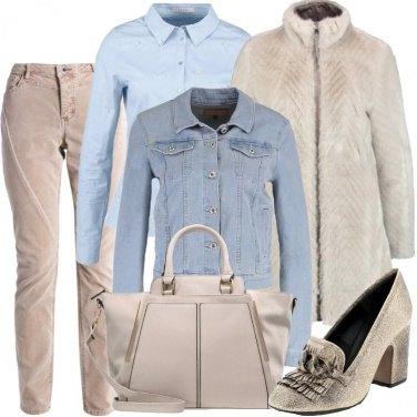 Outfit Azzurro e beige