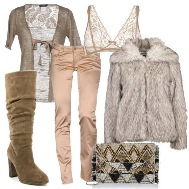 Outfit Una scollatura profonda