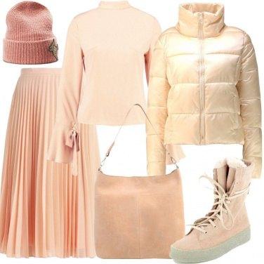 Outfit Urban nei toni pastello