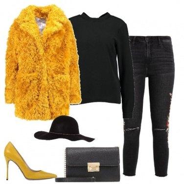 Outfit Il cappotto ocra