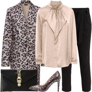 Outfit Satin dorato