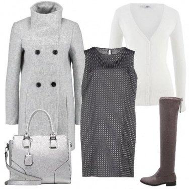 Outfit Dal bianco al grigio