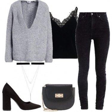 Outfit Il maglione scollato