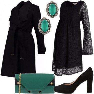 Outfit Mamma in nero e verde