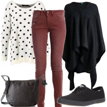 Outfit Con i pois neri