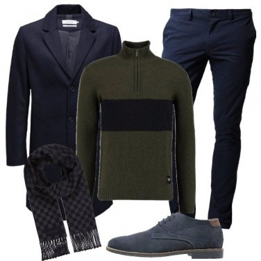 Outfit A scacchi in blu