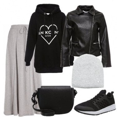 Outfit La gonna con le sneakers