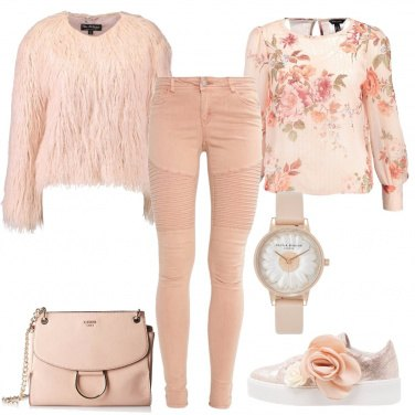 Outfit Fiori in rosa