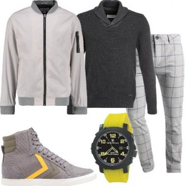 Outfit L\'orologio giallo